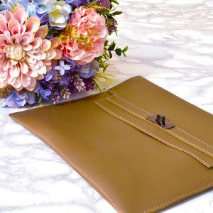 večerná kaki dámska listová kabelka elegantná luxusná kožená